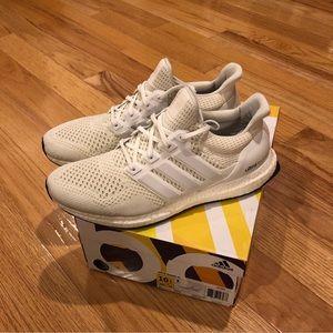 Adidas Ultra Boost, triple white OG Size 10